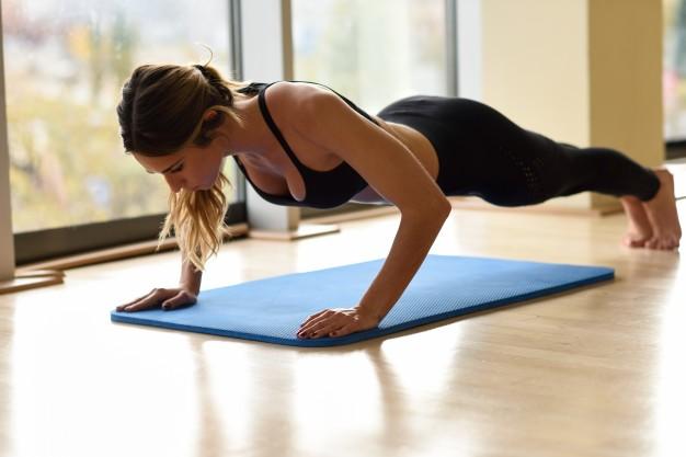 exercícios para mães fazerem em casa