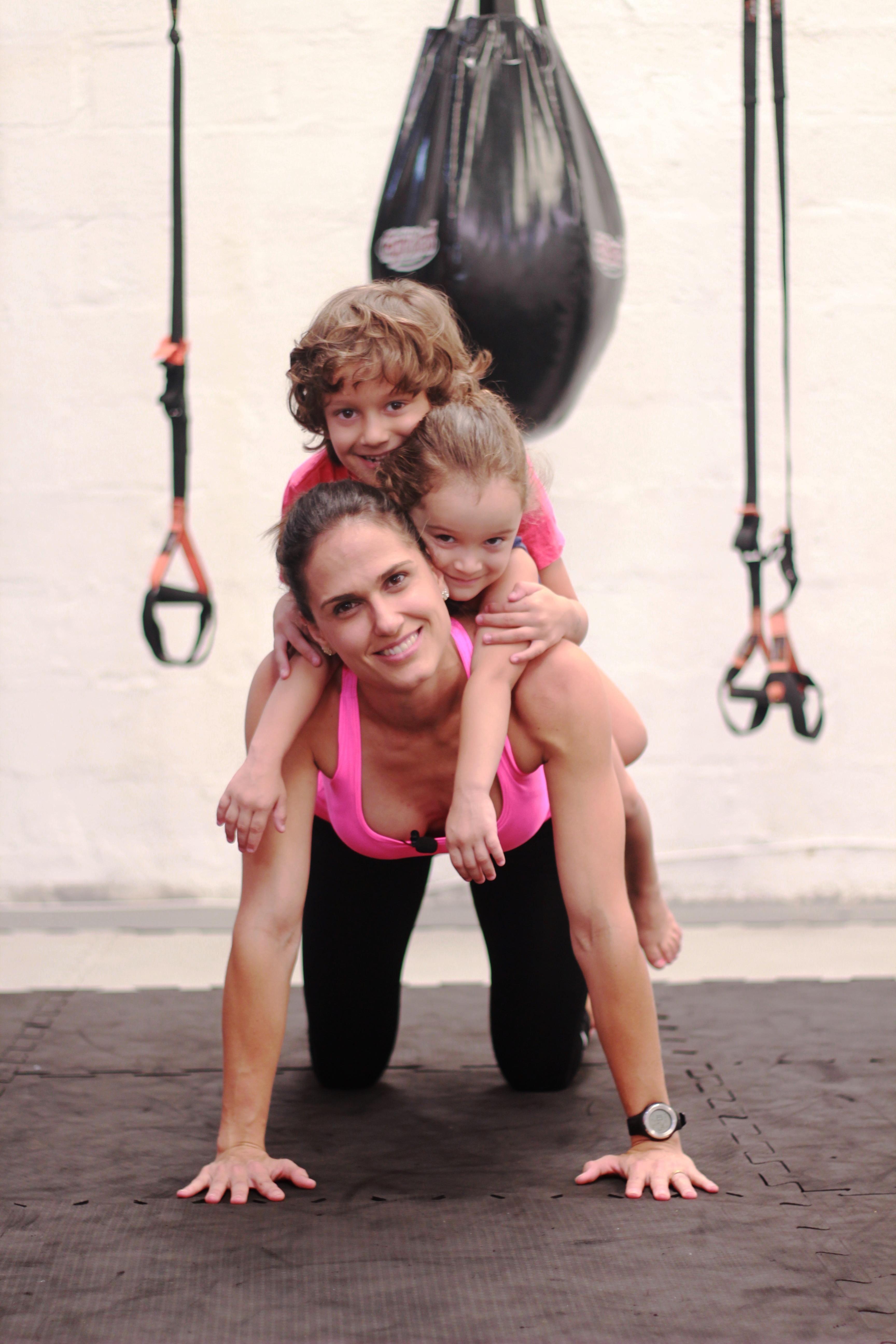 exercício com os filhos