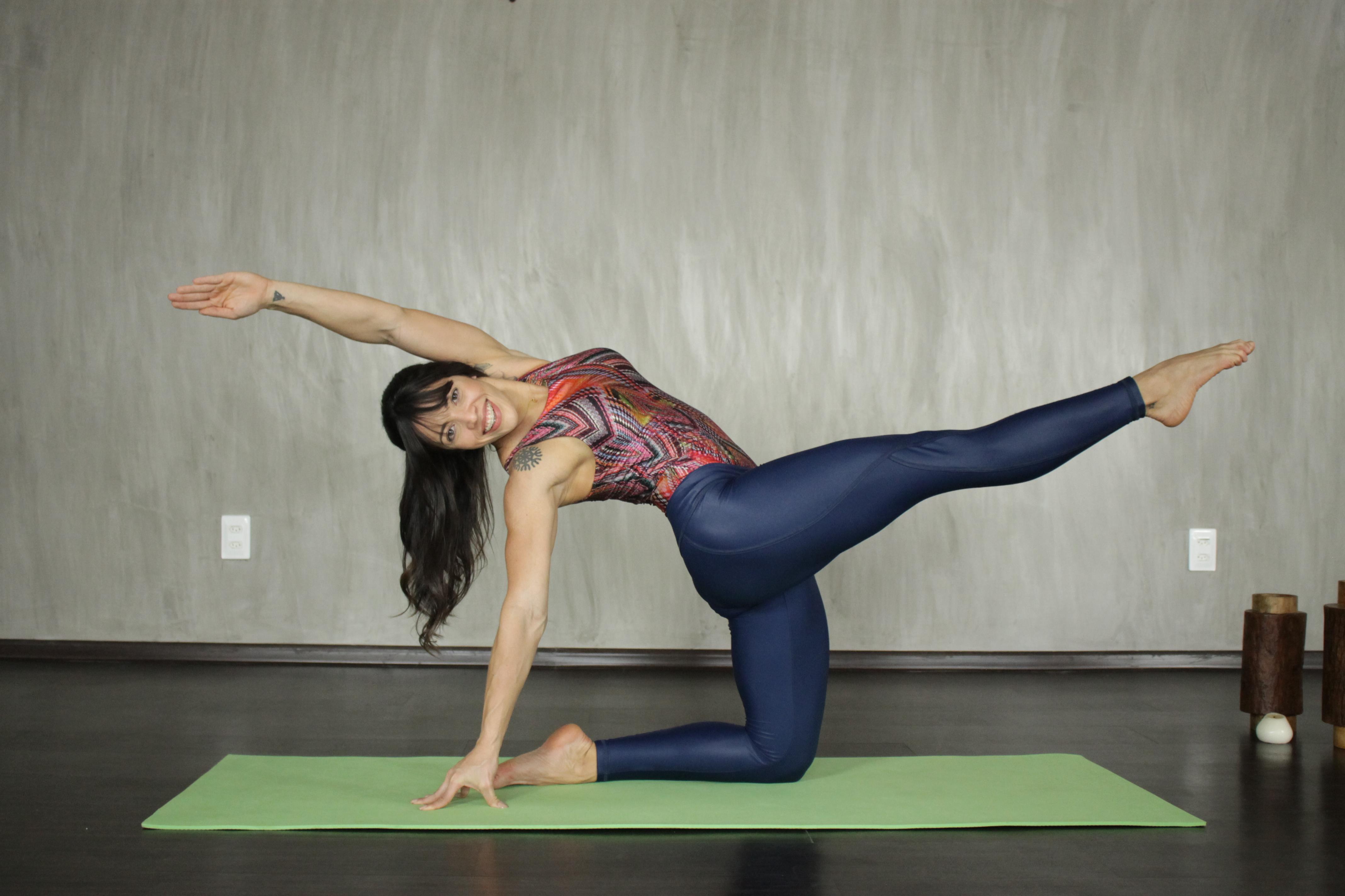 Leilane Lobo apresenta o Desafio Yoga